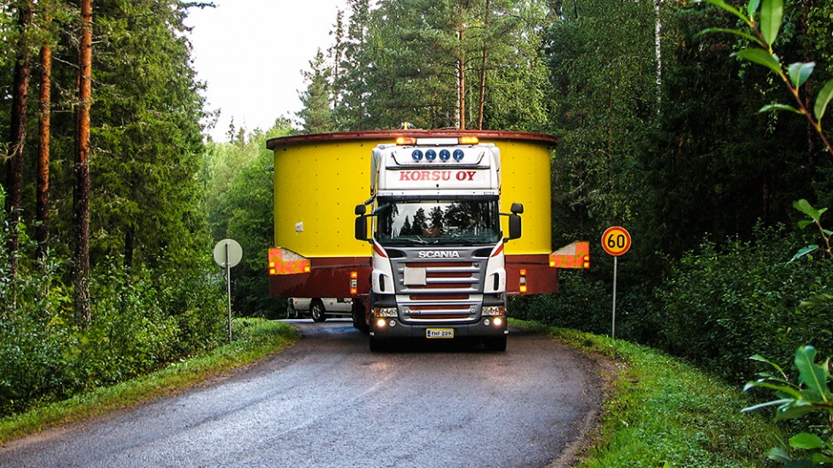 Oversized load transports